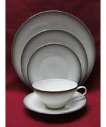 ROSENTHAL China - ELEGANCE Pattern (Bettina ) - 5-piece PLACE SETTING - $28.95