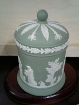 "Wedgwood Jasperware Round Shaped Lidded Box/Container - Green 4.5"" X 3.25"" - $39.55"
