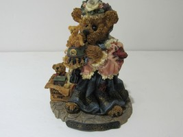 Boyds Bears & Friends The Collector #227707 image 1