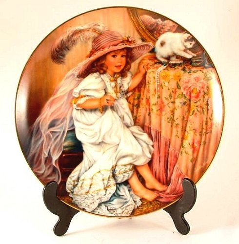 Primary image for Reco Pretty as a Picture plate by Sandra Kuck - Barefoot Children Collection - C