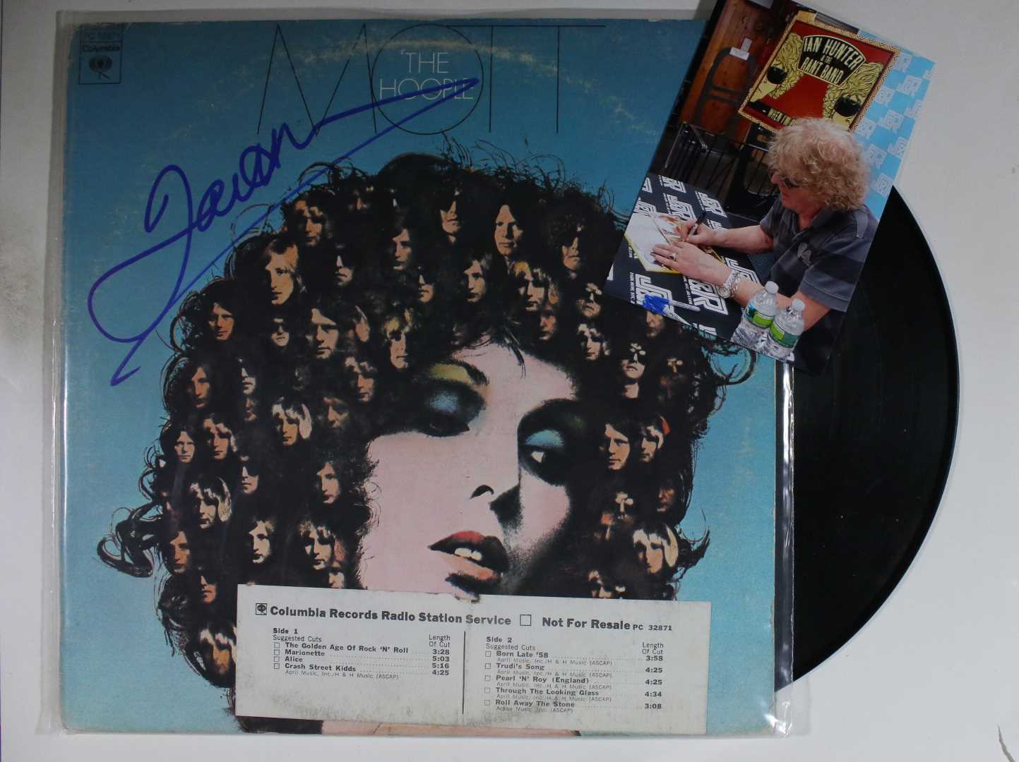 "Primary image for Ian Hunter Signed Autographed ""Mott the Hoople"" Record Album w/ Proof Photo"