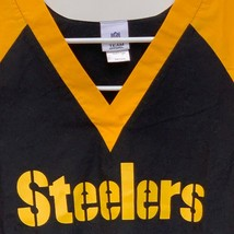 Pittsburgh Steelers Mens Black Scrubs Shirt Large - $25.71
