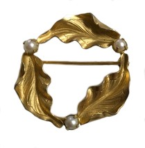 Vintage Windar Gold Plated 12k Brooch Pin Costume Jewelry - $35.63