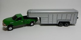 1:64 ERTL *GREEN* Ford F-350 Dually Pickup Truck w/5th Wheel Livestock T... - $27.99