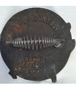 VINTAGE  COLLECTIBLE  OLD MOUNTAIN CAST IRON  PIG BACON  PRESS  2010 - $15.00