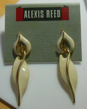 Vintage Alexis Reed Gold-tone and Cream Enamel Dangle Clip Earrings - $11.39