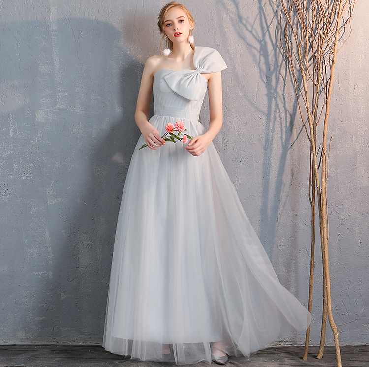 Bridesmaid tulle dress light gray 2