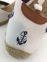 Lauren Ralph Lauren Cala, White and Navy, size 9B ($69) image 3