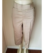 Lee Natural Fit Capri Pants Women's Khaki Waist Smoothing Stretch Croppe... - $42.77