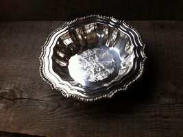 Vintage Avon Silverplate Candy ~ Nut Dish Made in Italy - $21.98
