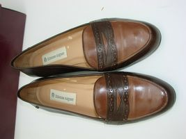 EUC Etienne Aigner Women's Two Tone  Slip on Loafer Casual, Career Size 81/2M image 5