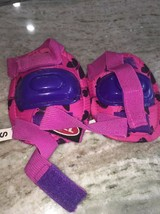 Bell Small Pink Bike Knee Pads - $18.81