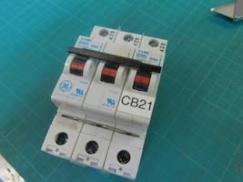 GE V-Line 3 Pole Circuit Breaker D10 277/480V IEC947-2 - $19.60