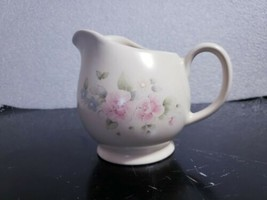 "Pfaltzgraff Mexico Tea Rose Stoneware Large 5"" Gravy Boat / Milk Pitcher - $9.89"