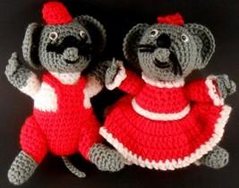 Mr & Mrs Christmas Mice Dolls Hand Crochet Mouse Pair Vintage Holiday Decor - $6.49