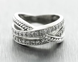 Chic Ladies 0.62ctw Diamond 14K White Gold Crossover Band Ring - $499.94