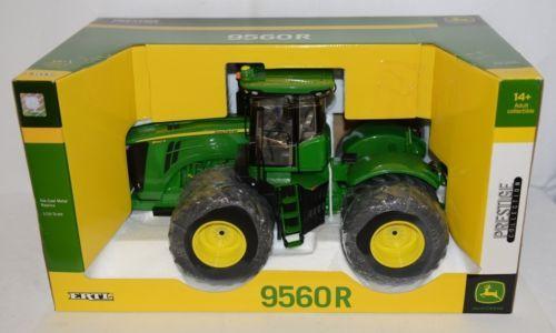 John Deere TBE45291 Prestige Collection 9560R Tractor Die Cast Metal Replica