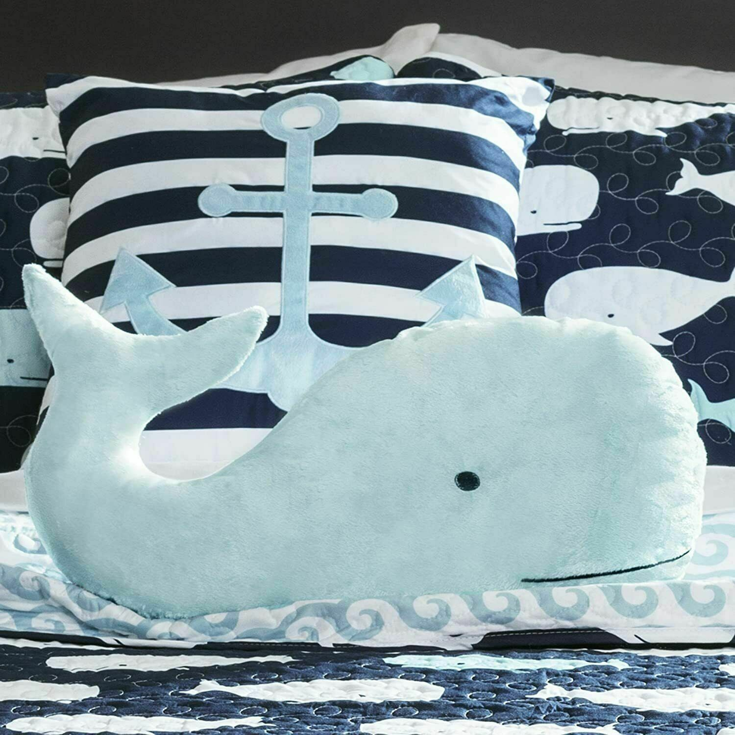 Lush Decor Whale Kids Quilt Reversible 5 Piece Bedding Set with Sham and Decorat