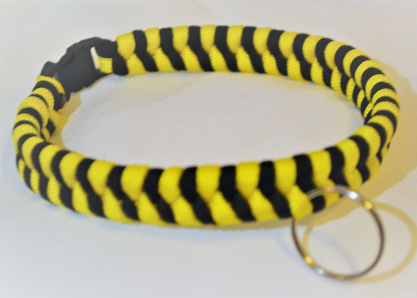 Primary image for Paracord 550 Dog Collar Yellow and Black Fish Tail Design Black Quick Release Bu