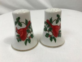 Lefton Red Cardinal and Holly Leaves Christmas Salt & Pepper Shakers, New - $9.49