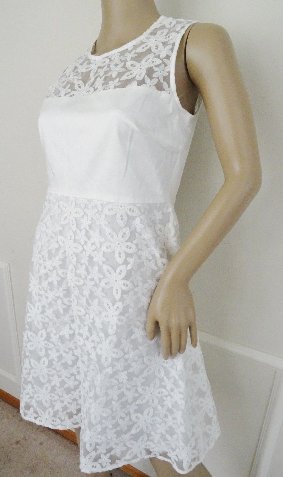 Nwt Calvin Klein Sleeveless Mesh Insert Cocktail Party A line Dress Sz 2 White