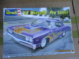 Revell 1967 Chevelle P/s 1/25 scale - $32.99