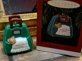 1993 HALLMARK ORNAMENT KEEPSAKE SANTA CLAUS LANES BOWLING FOR ZZZS NEW - $10.00