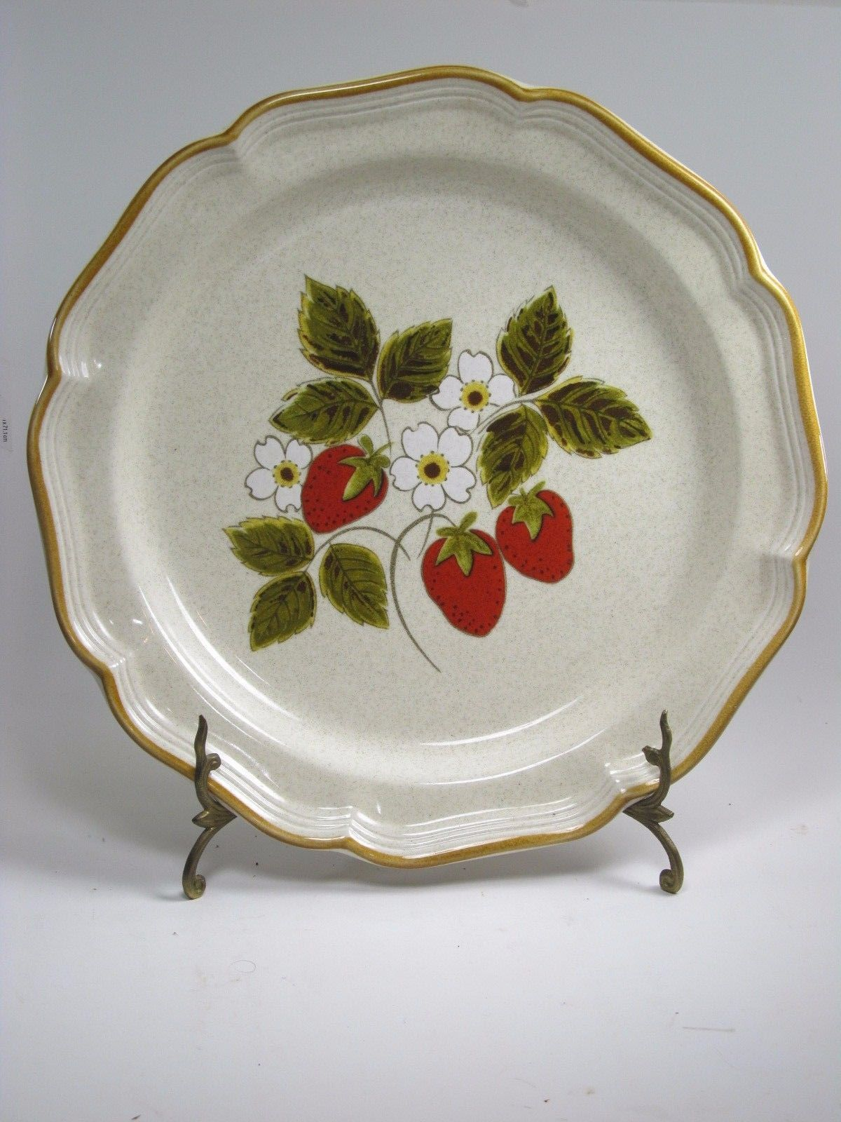 Primary image for Mikasa Strawberry Festival Round Chop Plate Serving platter