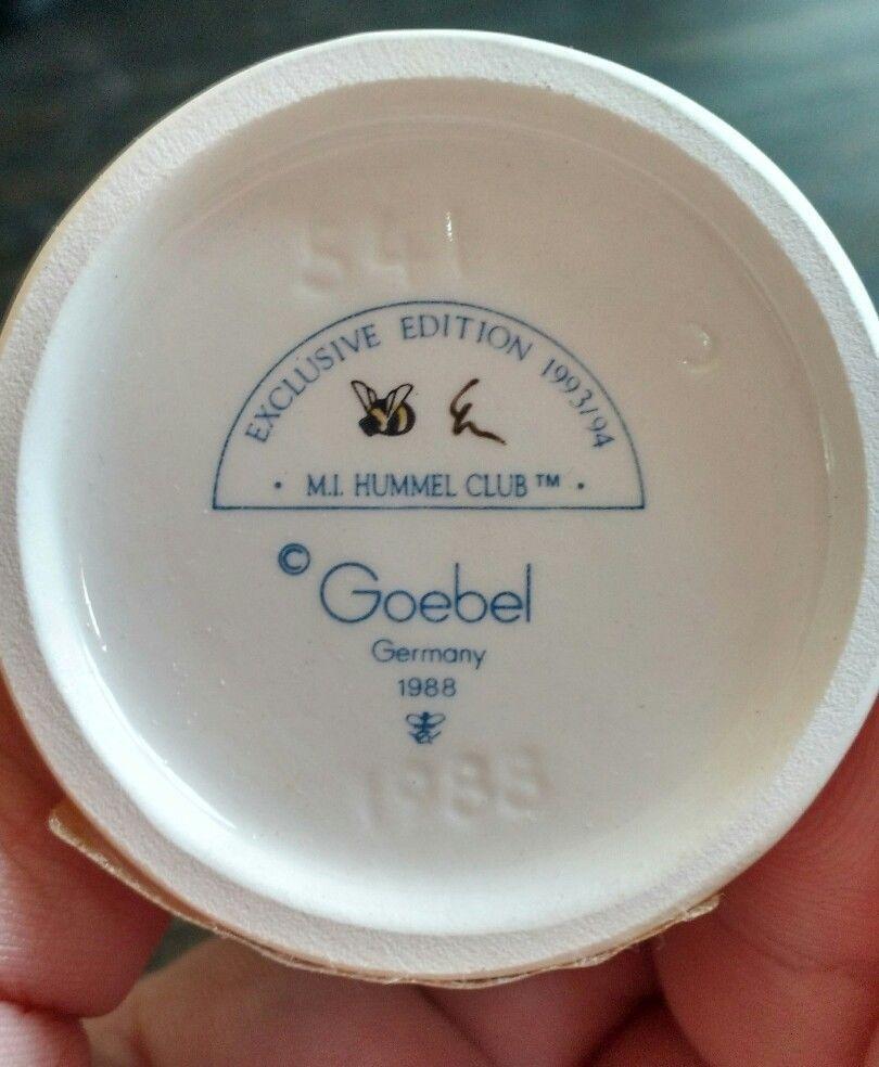 "Goebel Hummel ""Sweet As Can Be"" #541  TMK7"