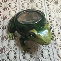 Vintage Inspired Enameled Frog Magnifier Reading Glass Magnifying Glass - $13.25