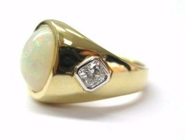 Fine 18KT Australian Opal Diamond Yellow Gold Jewelry Ring 6.18CT - $2,970.00