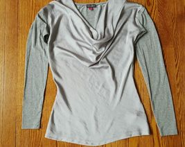 VINCE CAMUTO Womens Size XS Long Sleeve Cowl Neck Top Blouse Tunic two tone Gray - $11.34