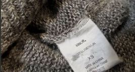 Vince Women Gray Crop Sweater Sz XS image 3