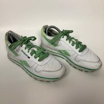 VTG Reebok Sneakers White Green Trim 812 HSV Matching Laces Women's 8.5 - $30.90
