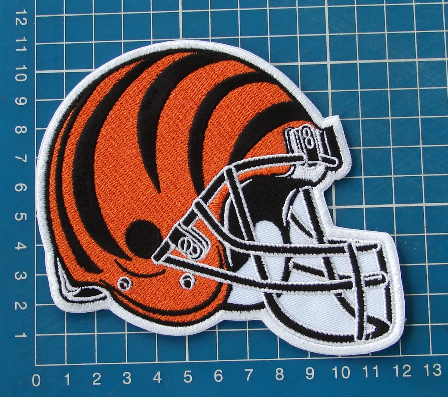 "Primary image for CINCINNATI BENGALS NFL FOOTBALL 5"" HELMET LOGO PATCH JERSEY EMBROIDERED"