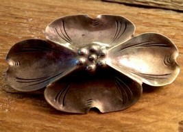 Vintage Deco Sterling Silver Stuart Nye Dogwood Flower Brooch Pin Signed - $42.57