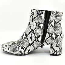 "Boohoo Faux Black & White Snakeskin Snake Skin Print 2.5"" Heel Boots Size 10 image 6"