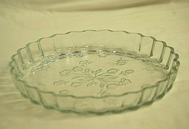 Savannah Clear Anchor Hocking Quiche Dish Pressed Glass Floral Designs MCM - $32.66