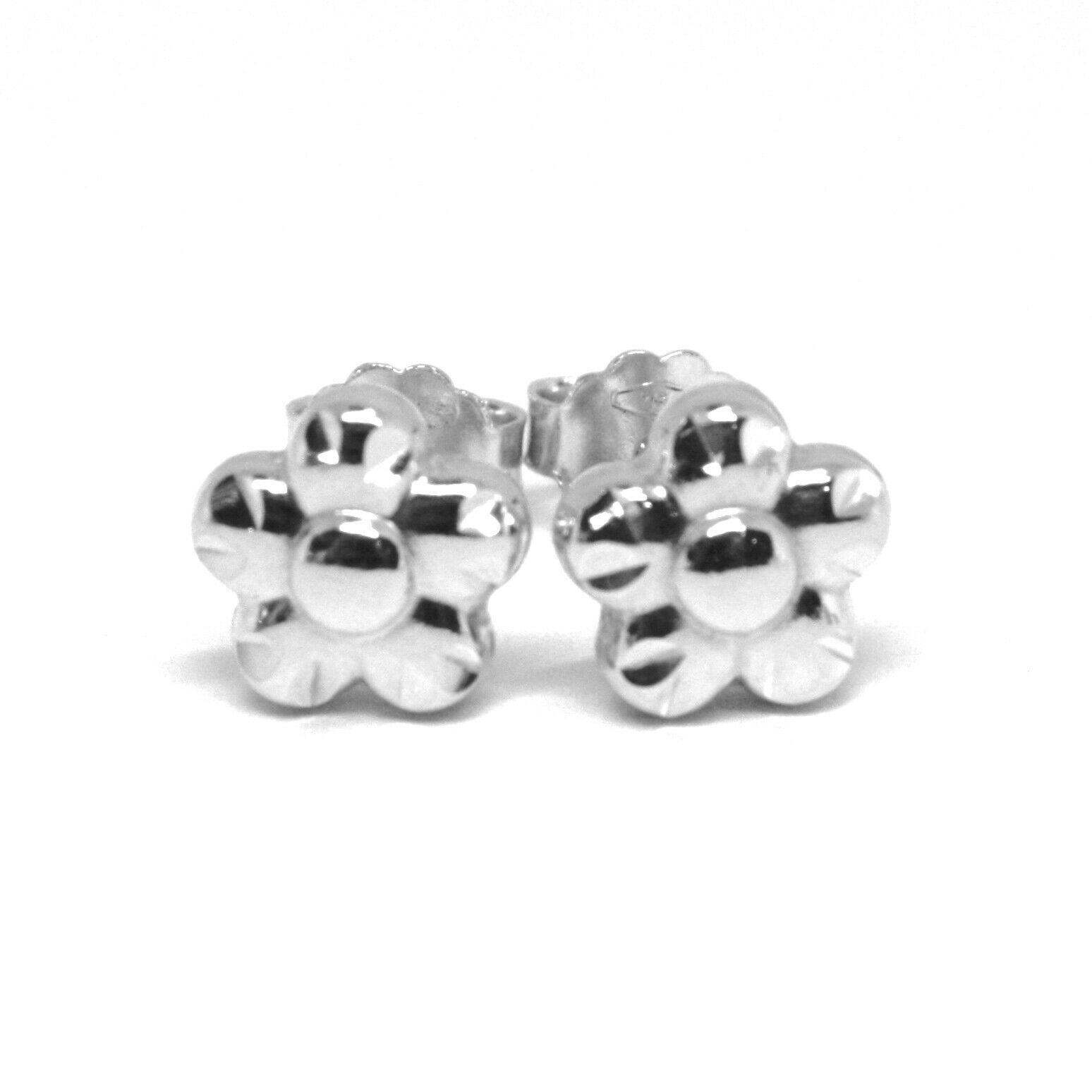 18K WHITE GOLD KIDS EARRINGS, FINELY HAMMERED MINI FLOWER DAISY, 0.3 INCHES