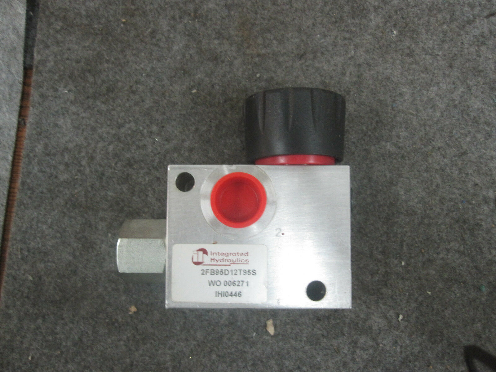 Integrated Hydraulics 2FB95D12T95S Flow Control Valve WO 006271 IHI0446