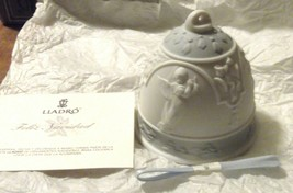 LlADRO Christmas Bell Campana Navidad 1994 Ornament # 16139 - $12.19