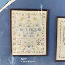 VINTAGE WONDER ART NOS CROSS STITCH LINEN SAMPLER TRUE FRIEND IS A GIFT ... - $13.86