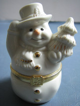 SNOWMAN'S SURPRISE BOX Lenox First Issue With Gilded Snowflake Charm - $24.70