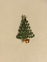 Vintage Brooch/ Pin - Shaped Like A Christmas Tree - $10.00