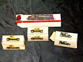 Miniature antique Cars and Locomotive  AA19-1512 image 2