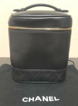 Auth CHANEL Vanity Vintage Black Leather Logo Quilted Zipper Mini Pouch ... - $356.40