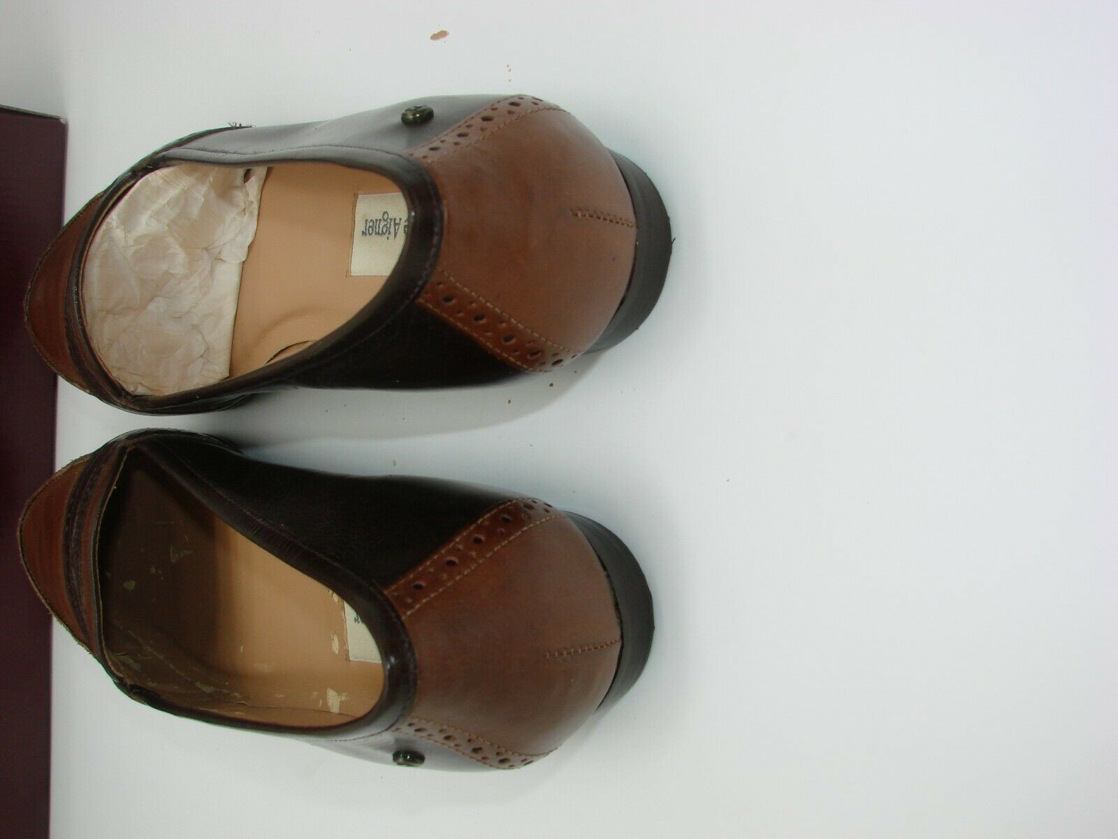 EUC Etienne Aigner Women's Two Tone  Slip on Loafer Casual, Career Size 81/2M image 7