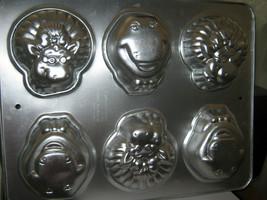 Wilton Barney Baby Bop Mini Cupcake Pan 2105-6620 - $13.05