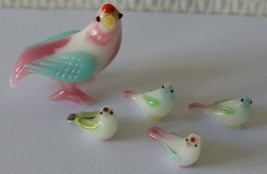 Tiny Vintage Glass Bird Family Tiniest Baby Birds Colorful 80's Mini Fig... - $19.25