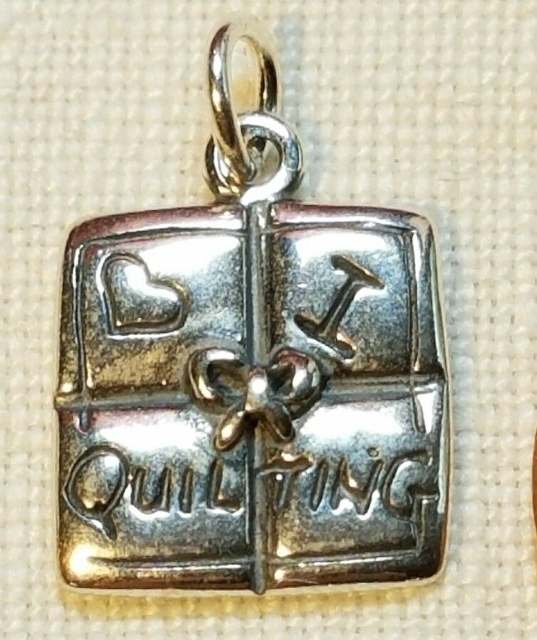 I LOVE QUILTING BLOCK Charm Sewing Pendant STAMPED 925 Sterling Silver Heart bow